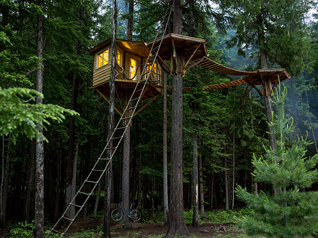 cabin porn kulube kitap TreehouseFeature_PHOTO-CREDIT-SandpointID-1