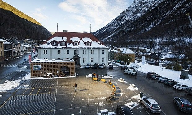 Rjukan's market square basks in the light beamed down by the three mirrors.